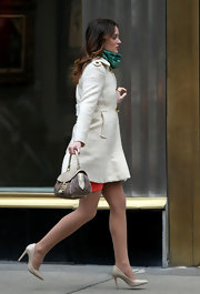 Leighton Meester filmed scenes for 'Gossip Girl' in pointy ivory pumps.