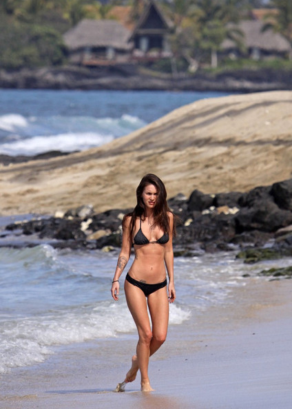 More Pics of Megan Fox String Bikini (4 of 14) - Swimwear ...