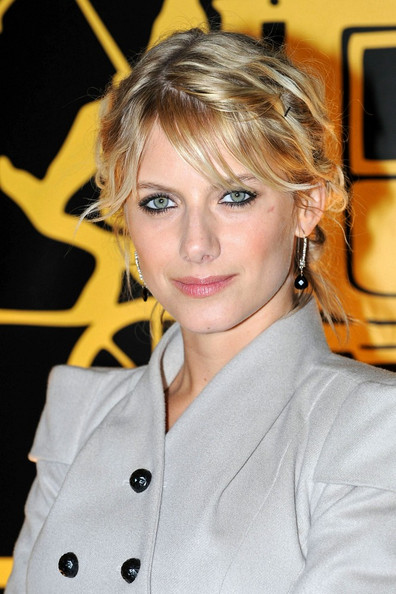 Melanie Laurent Loose Bun