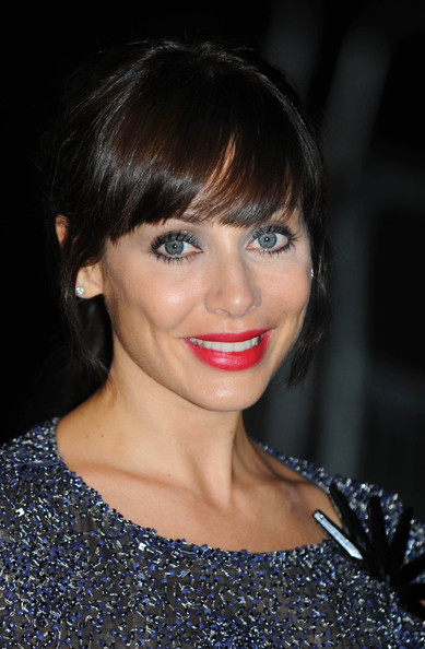 Natalie Imbruglia went for minimal styling with this loose ponytail and blunt bangs at the Men of the Year Awards.