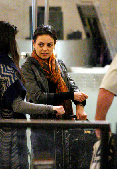 More Pics of Mila Kunis Patterned Scarf (1 of 9) - Scarves Lookbook - StyleBistro
