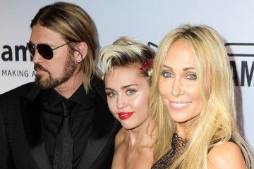 Miley Cyrus Billy Ray Cyrus Miley Cyrus Stands Out in Red at amfAR