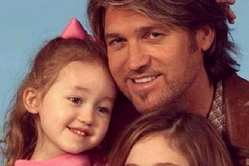 Miley Cyrus Billy Ray Cyrus Celebrity Social Media Photos