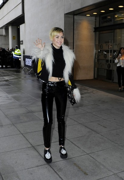 Miley Cyrus Leather Lace-ups []