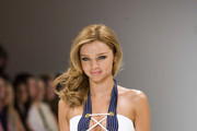 Australian fashion model Miranda Kerr takes over the runway at Sydney-based retailer David Jones' fashion show.