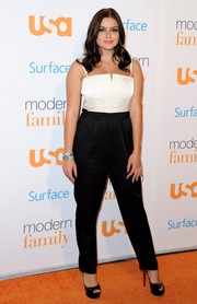 Ariel Winter went for a mature look with this black-and-white Alice + Olivia jumpsuit during the 'Modern Family' fan appreciation day.