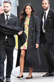 Naomie Harris arrived for her 'Jimmy Kimmel' appearance wearing an oversized charcoal wool coat.