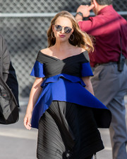 Natalie Portman headed to 'Jimmy Kimmel Live' wearing a pair of mirrored round sunglasses.