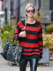 Nicky Hilton stepped out in New York City wearing a pair of classic wayfarers.