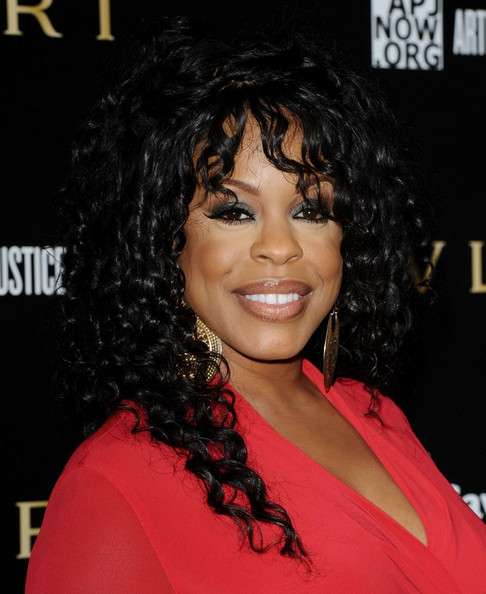 Niecy Nash Long Curls with Bangs
