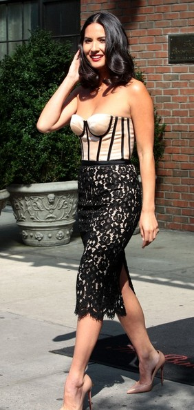 More Pics of Olivia Munn Strapless Dress (1 of 15) - Olivia Munn Lookbook - StyleBistro