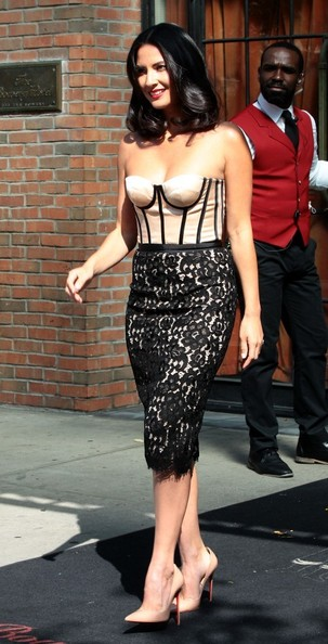 More Pics of Olivia Munn Strapless Dress (3 of 15) - Olivia Munn Lookbook - StyleBistro