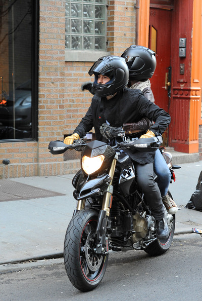 Orlando Bloom and Miranda Kerr leave a West Village clothing store