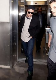 Robert Pattinson did denim on denim in this dark indigo jacket and classic blue jeans.