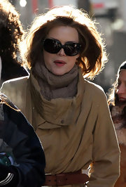 Michelle Pfeiffer accessorized with a chic pair of butterfly sunnies while filming 'New Year's Eve.'