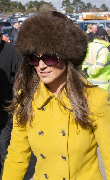More Pics of Pippa Middleton Layered Cut (1 of 6) - Layered Cut Lookbook - StyleBistro
