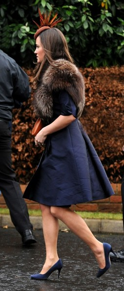 More Pics of Pippa Middleton Decorative Hat (1 of 3) - Pippa Middleton Lookbook - StyleBistro