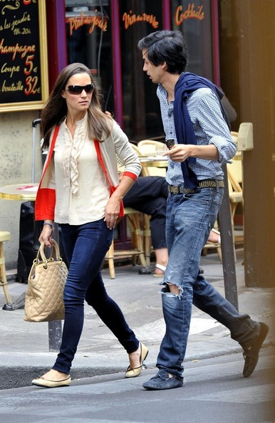 More Pics of Pippa Middleton Leather Hobo Bag (1 of 23) - Pippa Middleton Lookbook - StyleBistro