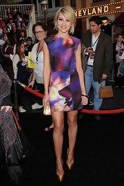 Chelsea was a spring beauty in a water color frock for the 'Pirates of the Caribbean' premiere.