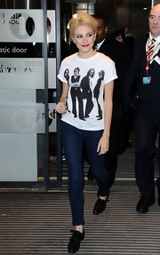 Pixie Lott showed her love for The Beatles with this fitted band tee.