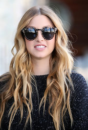 Whitney Port looked ultra-casual while out and about wearing her hair in long messy waves.