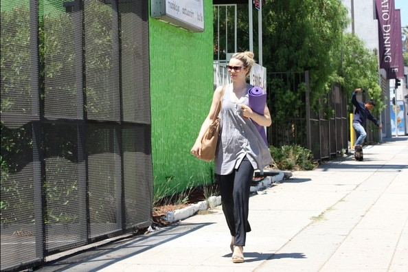 More Pics of Rachel McAdams Oversized Shopper Bag (1 of 21) - Rachel McAdams Lookbook - StyleBistro