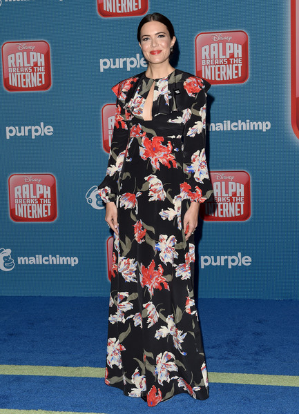 Mandy Moore sported a floor-length floral dress by Rochas at the premiere of 'Ralph Breaks the Internet.'