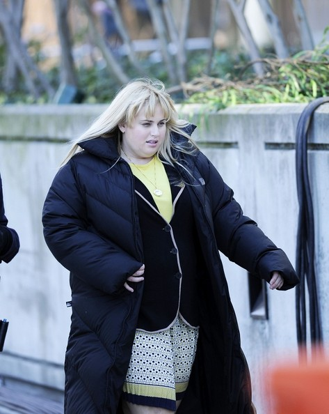 Rebel Wilson on Set