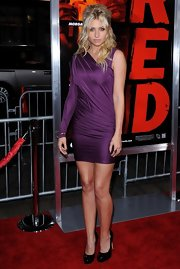 Alyson Michalka rocked a vibrant purple one-shoulder dress while hitting the premiere of 'Red'.