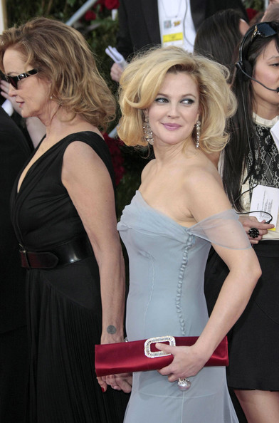 More Pics of Drew Barrymore Satin Clutch (1 of 5) - Drew Barrymore Lookbook - StyleBistro