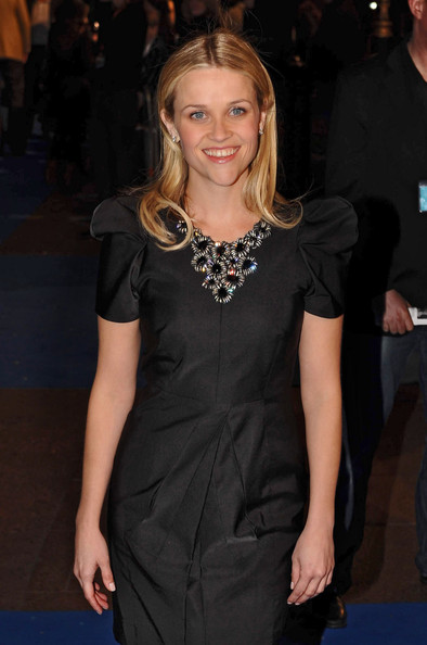 Reese Witherspoon Black Statement Necklace