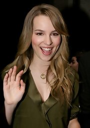 Bridgit Mendler wore her hair in a feathered flip for 'Live! with Regis and Kelly.'