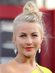 Julianne Hough twisted up her platinum locks into this top knot with wispy fly-aways for a stylized messy 'do.