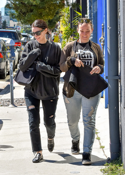 More Pics of Rooney Mara Ripped Jeans (1 of 8) - Jeans Lookbook - StyleBistro []