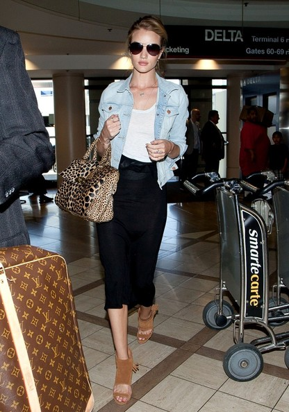 Rosie Huntington-Whiteley Knee Length Skirt