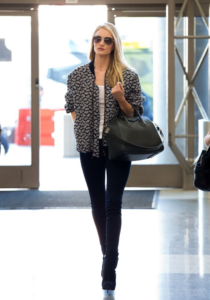 Rosie Huntington Whiteley Flies in Style