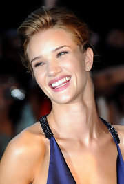 Rosie Huntington-Whiteley was luminous at the premiere of 'Transformers: Dark of the Moon.' She wore minimal makeup, letting her face look radiant and dewy.