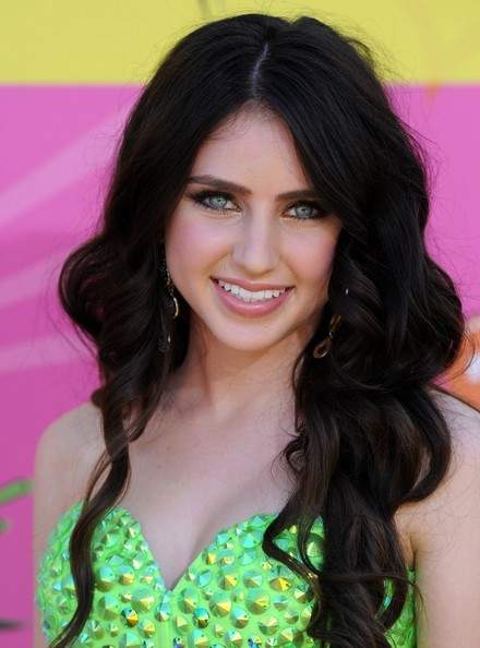 Ryan Newman Long Wavy Cut