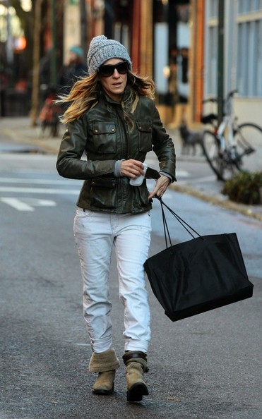 More Pics of Sarah Jessica Parker Oversized Shopper Bag (4 of 17) - Sarah Jessica Parker Lookbook - StyleBistro