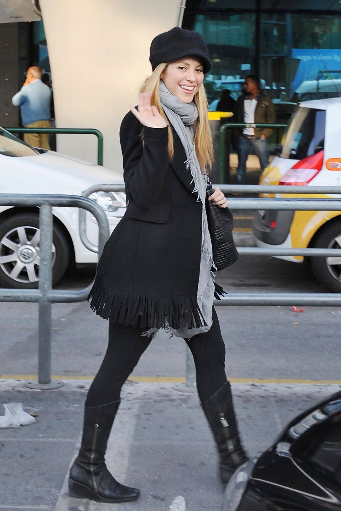 New York Fashion Show >> Shakira Wedge Boots - Shakira Shoes Looks - StyleBistro