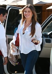 Sofia Vergara was effortlessly chic at lunch in a tried-and-true white button up shirt.