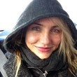 Cameron Diaz Bundles Up in a Hoodie
