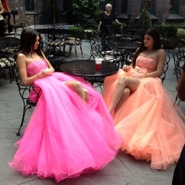 Kendall and Kylie Play Princesses for the Afternoon