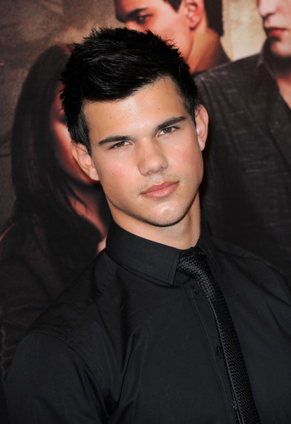 Taylor Lautner Short Straight Cut