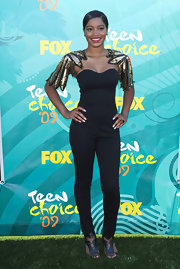 KeKe Palmer keeps her hair back to emphasize her daring sleeves.