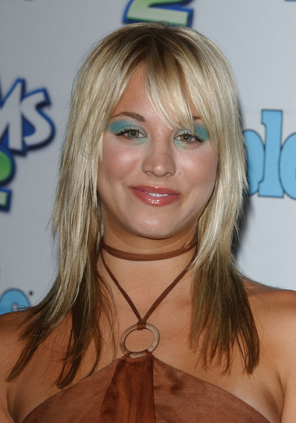 Well That S Colorful Kaley Cuoco S Hair Transformation