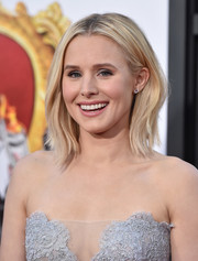 Kristen Bell attended the Los Angeles premiere of 'The Boss' sporting this edgy-chic layered cut.