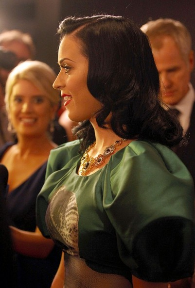 More Pics of Katy Perry Gemstone Statement Necklace (1 of 6) - Katy Perry Lookbook - StyleBistro []