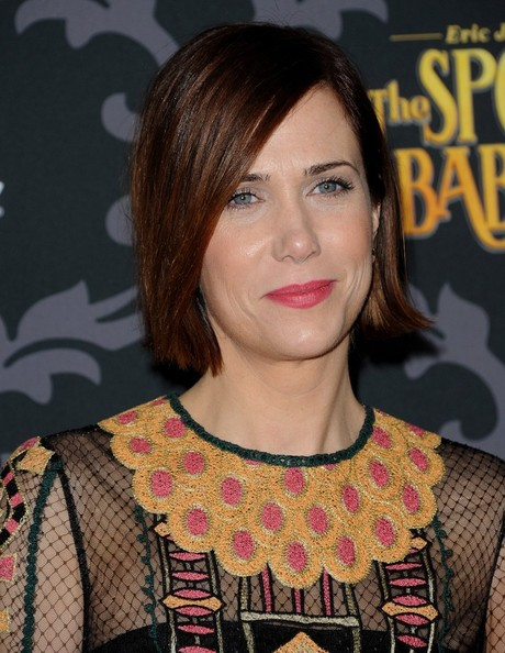 More Pics of Kristen Wiig Side Parted Straight Cut (1 of 5) - Short Hairstyles Lookbook - StyleBistro []