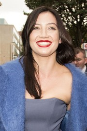 Daisy Lowe wore a simple straight cut at the Topshop Unique Spring 2015 show.